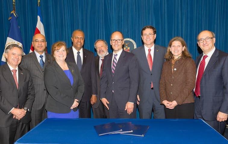 EE.UU. renueva pactos laborales con Costa Rica y cuatro países más