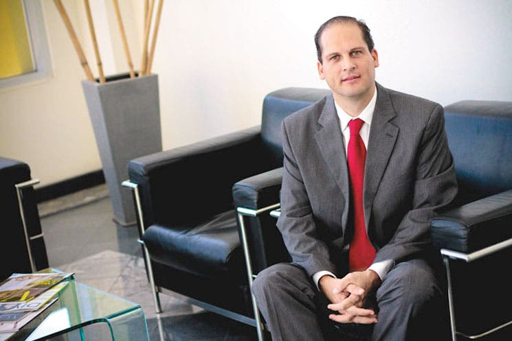 Claro y Movistar tras proyectos en Zona Sur