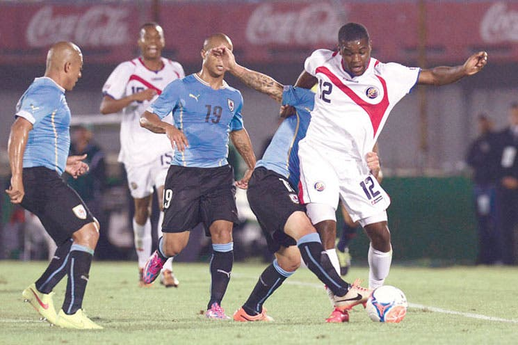 Sele vuelve a amargar a Uruguay