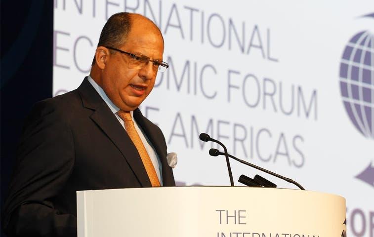 Solís viajará a encuentro bilateral con Panamá