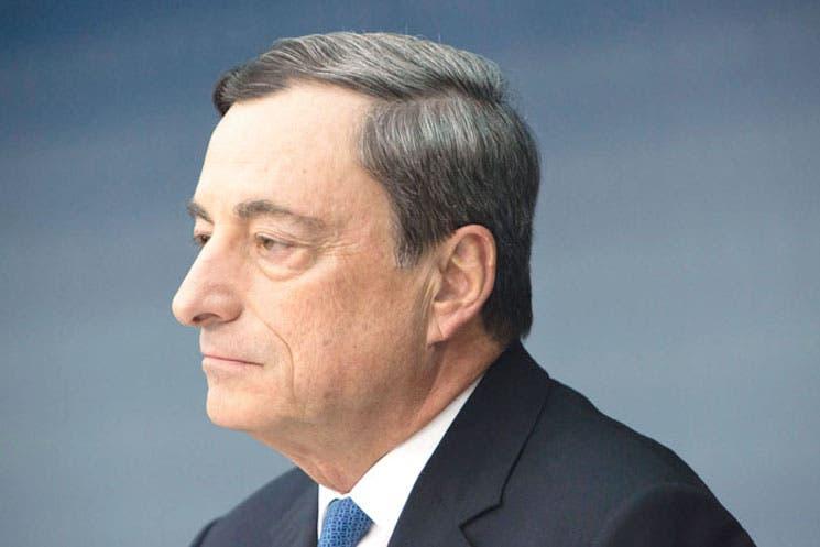 Draghi podrá alcanzar su meta en BCE, según encuesta a economistas