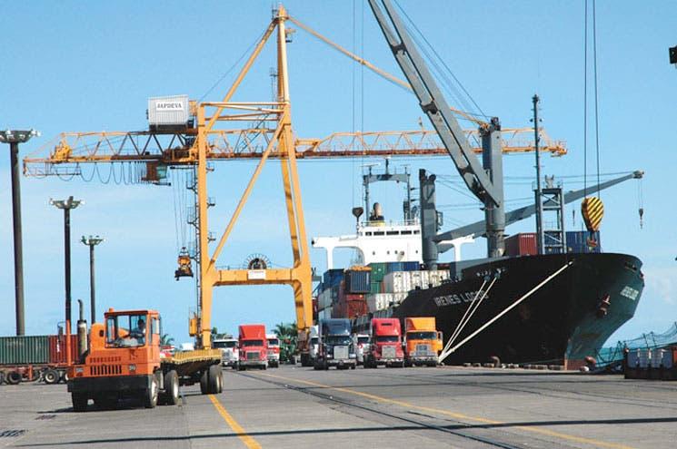 Frágil competitividad amenaza meta de exportaciones