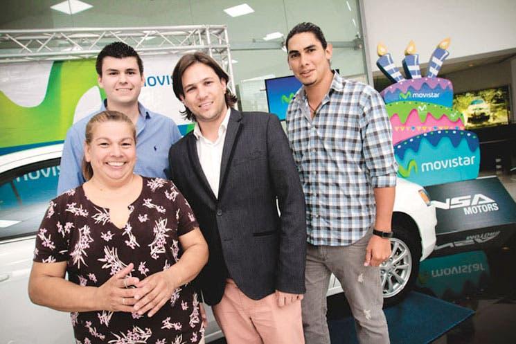 Tres clientes Movistar estrenarán auto