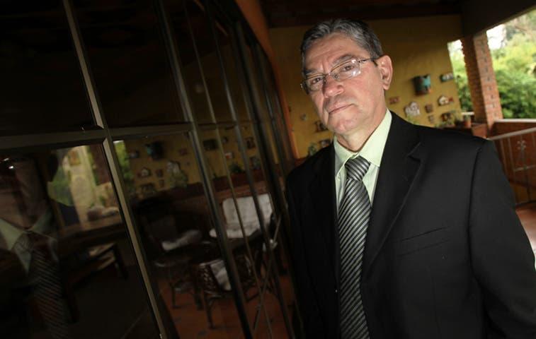 Parejas infértiles piden a Solís convocar proyecto para aprobar FIV