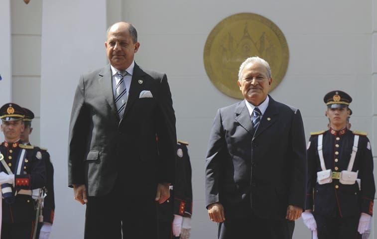 Solís y El Salvador acuerdan comisión binacional
