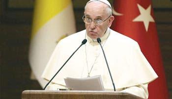 Fría relación de la Iglesia con un Estado laico que deriva al islamismo