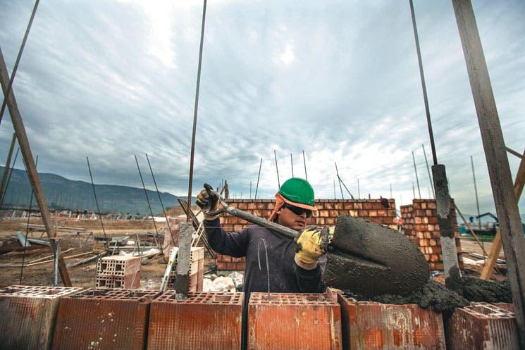 Gobierno chileno pronostica una recuperación del PIB