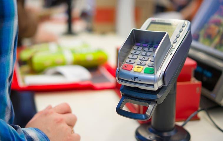 Frenan retención de 1,78% por ventas con tarjetas