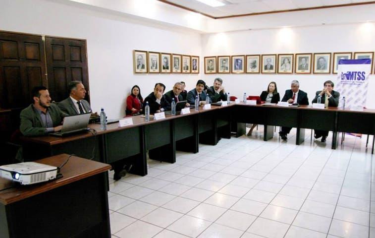 Alianza público-privada pretende promocionar empleos