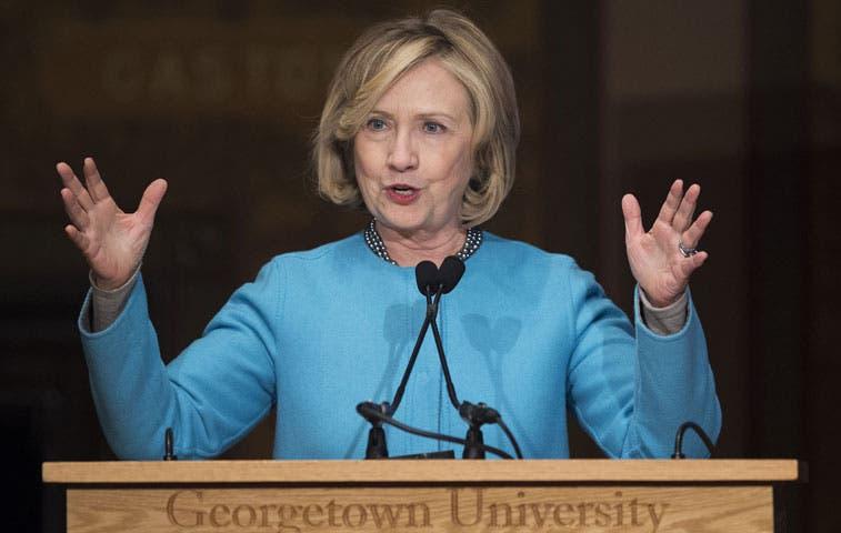 Medidas ejecutivas sobre migración, clave para apoyo a Clinton