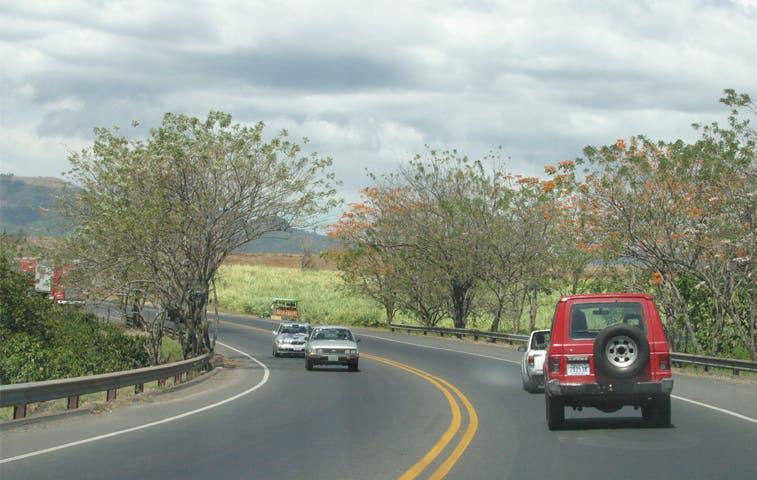 """Solís: """"Vías adicionales deben incluirse en ruta a San Ramón"""""""