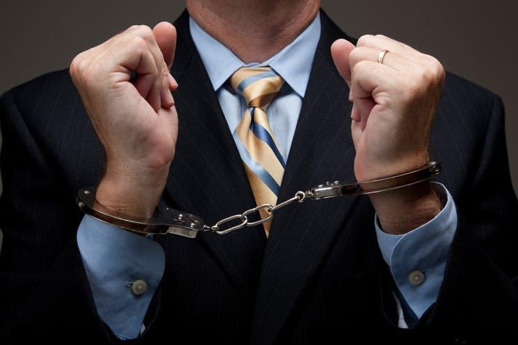 Ocho meses de prisión por ocultar información a Hacienda