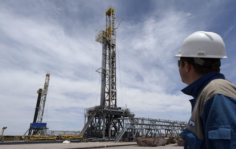 Crisis del petróleo condiciona la baja de mercados de A.Latina y Wall Street