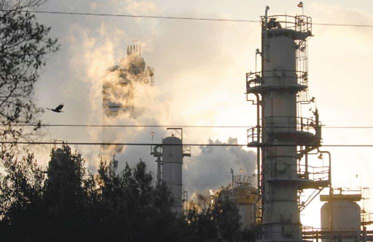 Gigantes de la energía reorientan su discurso ante el cambio climático