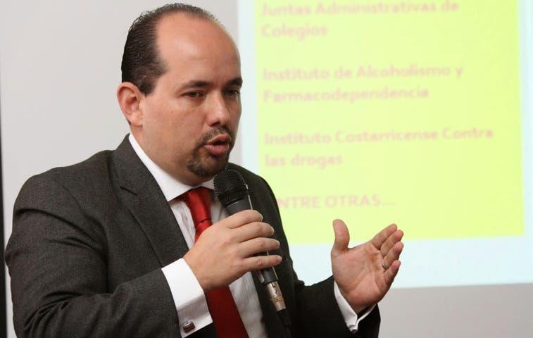 Diputado lucha contra prohibición a generación de energía con residuos