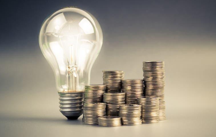 Electricidad bajará 3,9% en 2015