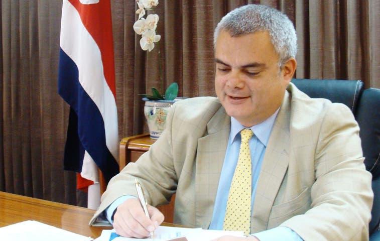 Fernando Ferraro aspira a la secretaría general del PLN
