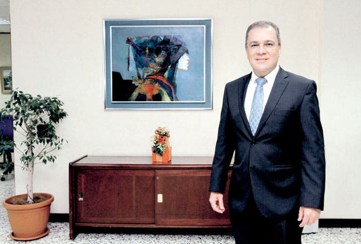 Bancos plantean reformas para reactivar economía