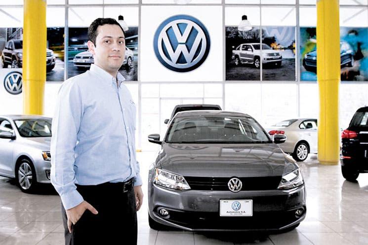 Empresas de autos repuntarían en cierre de año