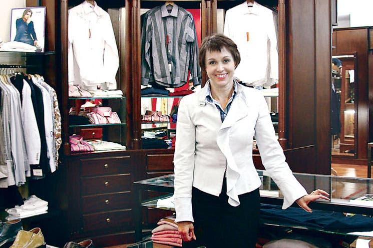 Negocios lanzan últimas ofertas para atrapar clientes
