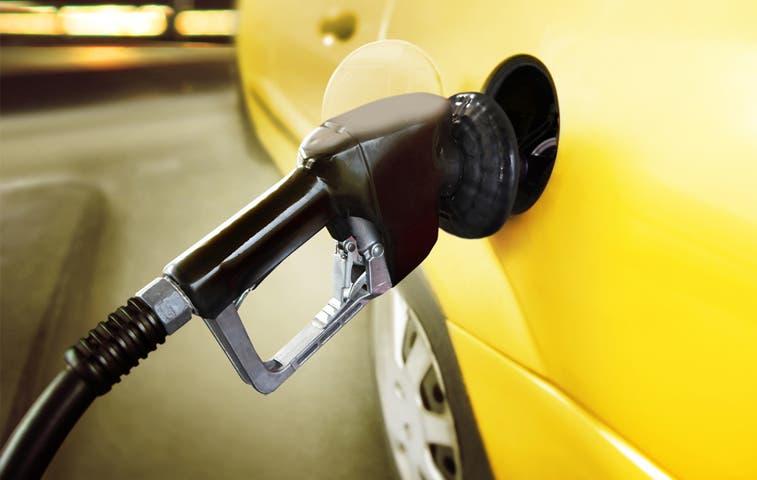 Precio de combustibles caerá ¢100