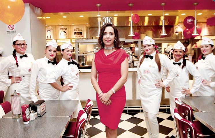Restaurantes de comidas rápidas se enfrentan a saturación de mercado