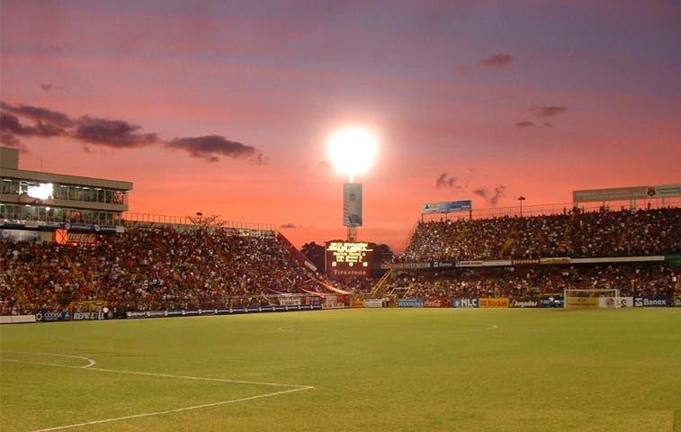 Liga Deportiva Alajuelense consolida grado de inversión