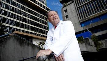 Salario de médicos se desliga de ocupaciones menores
