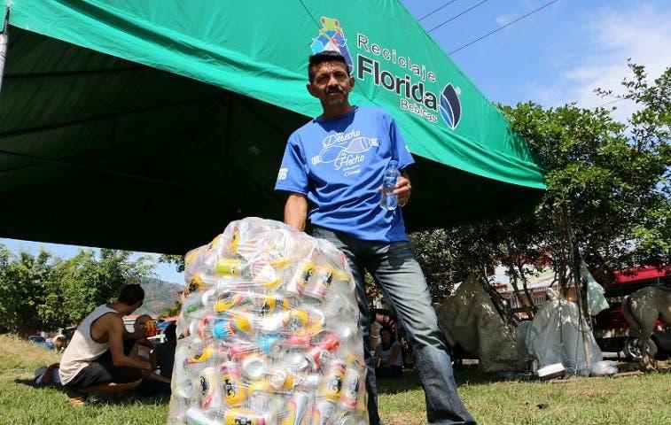 Compañía Cristal ayudará a reciclar desechos en Palmares