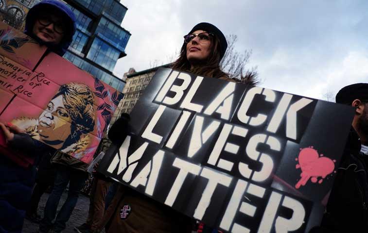 EE.UU recuerda a Martin Luther King con protestas contra el abuso policial