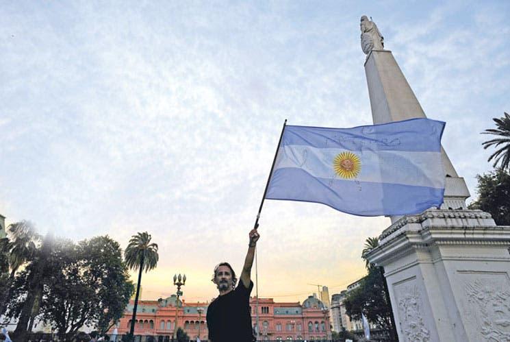 Aumentan dudas sobre el caso Nisman en Argentina
