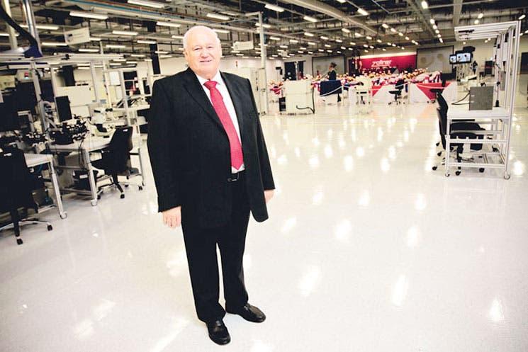 Líder mundial en manufactura electrónica abre en Cartago