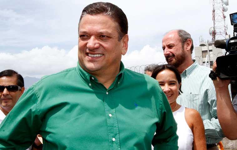Araya con la peor imagen política entre los costarricenses