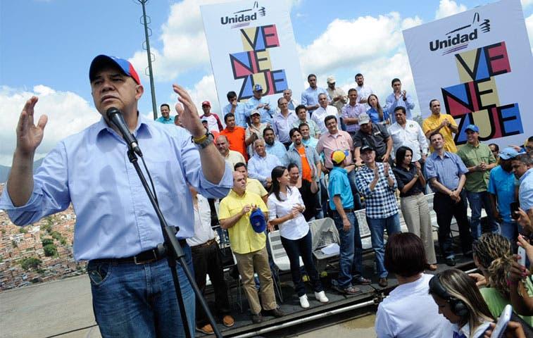 Oposición venezolana anuncia marchas contra el hambre
