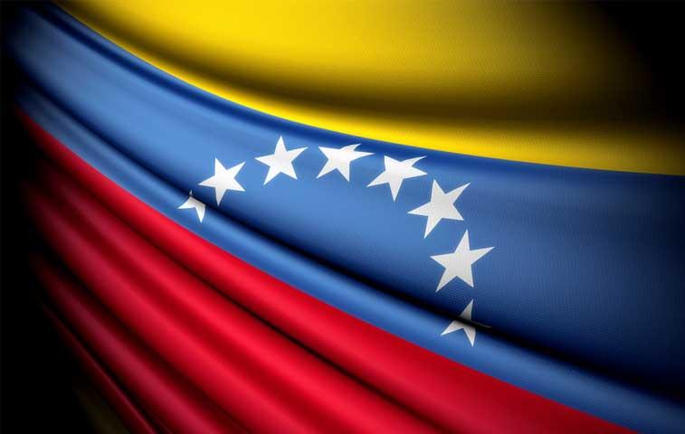 Diputados piden a Solís discutir situación de Venezuela