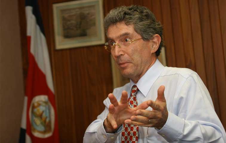 Dobles no podrá ejercer cargos públicos en tres años