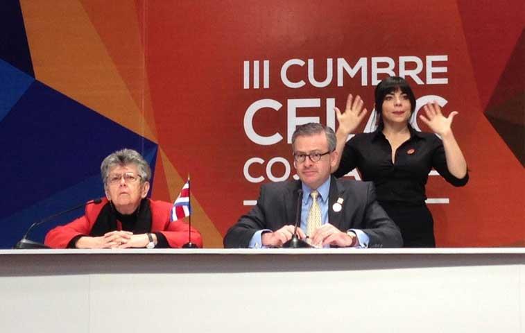 Elizabeth Odio formaliza su candidatura a Corte IDH