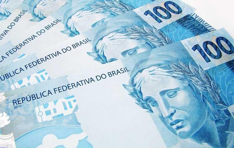 Brasil registró primer déficit de cuentas públicas en 13 años