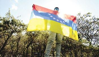 Maduro afirma que EE.UU. conspira en su contra