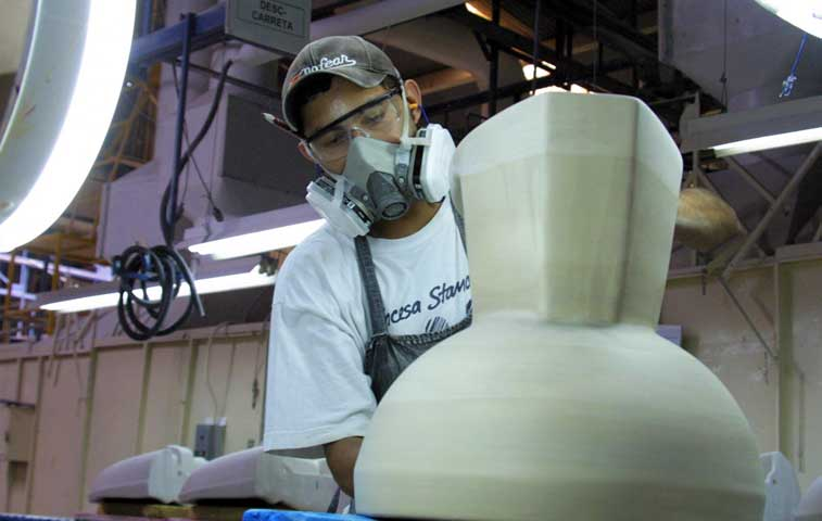 Incesa Standard traslada fabricación de loza a Guatemala y Nicaragua