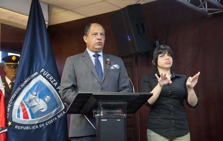 """Solís pide explicación """"obligatoria"""" por renuncia de diputado de izquierda"""