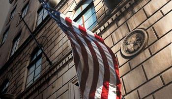 EE.UU. liderará reequilibrio de mercado del crudo