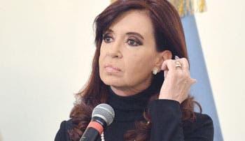 """Aguantar"" será estrategia de Fernández"