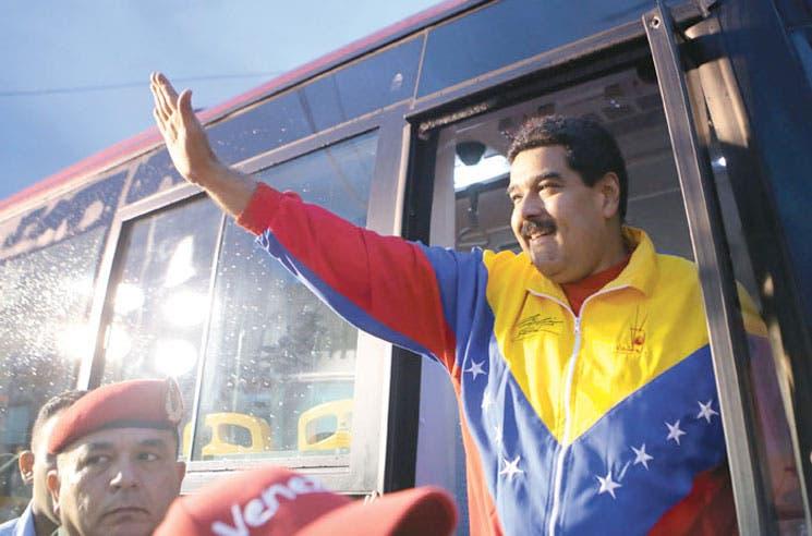 Maduro pide alerta con embajada americana