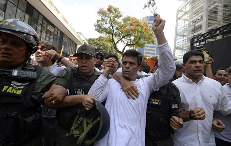 Opositor Leopoldo López cumple un año en la cárcel