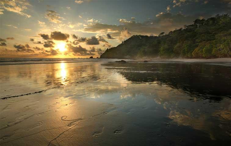 Manuel Antonio está entre las 25 mejores playas del mundo
