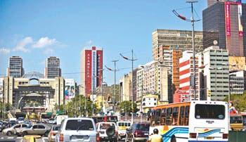 Venezuela convoca primera subasta de nuevo control cambiario