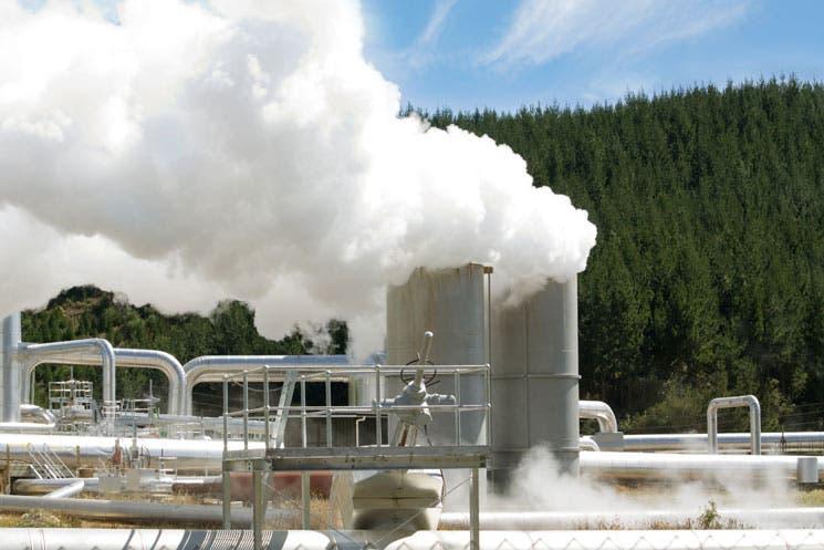 ICE formaliza apoyo a Bolivia en geotermia