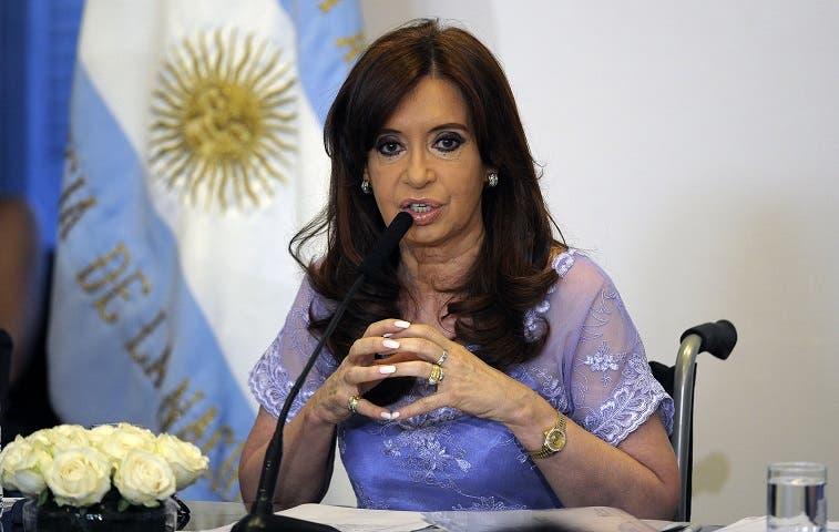 Oposición argentina definirá candidatos para comicios presidenciales