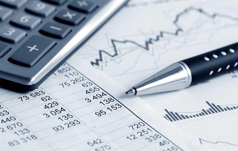 Contraloría analiza 255 presupuestos y aprueba 176